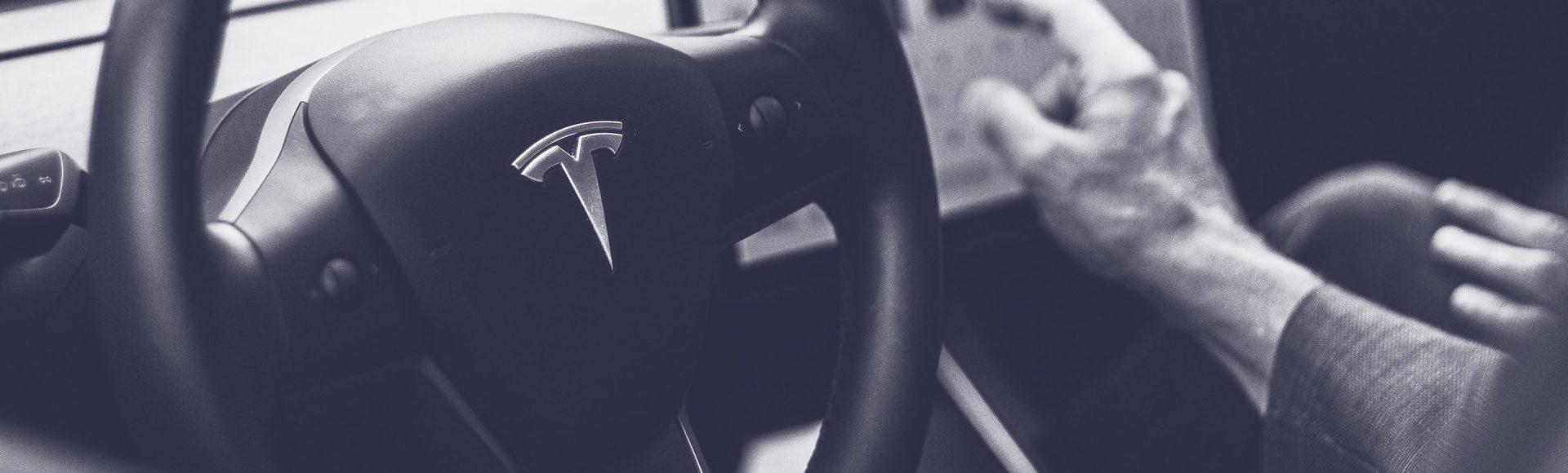 ARK-Invest_Blog-Banner_2015_06_15---Tesla-Battery-Pack